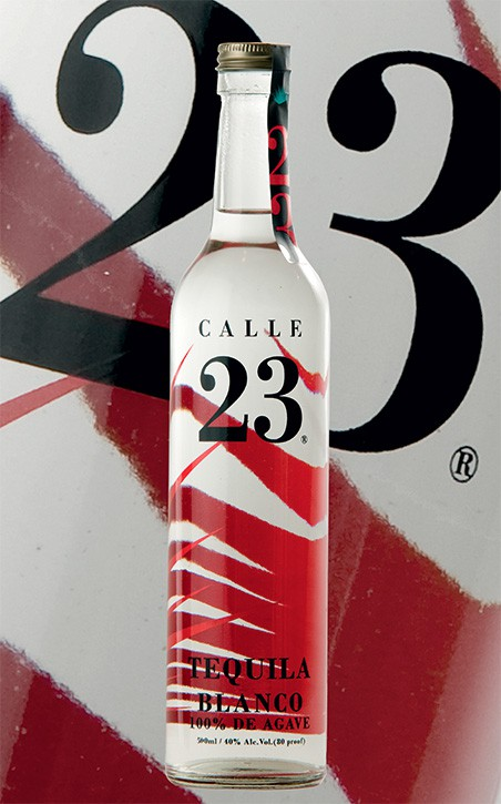 C23_blanco